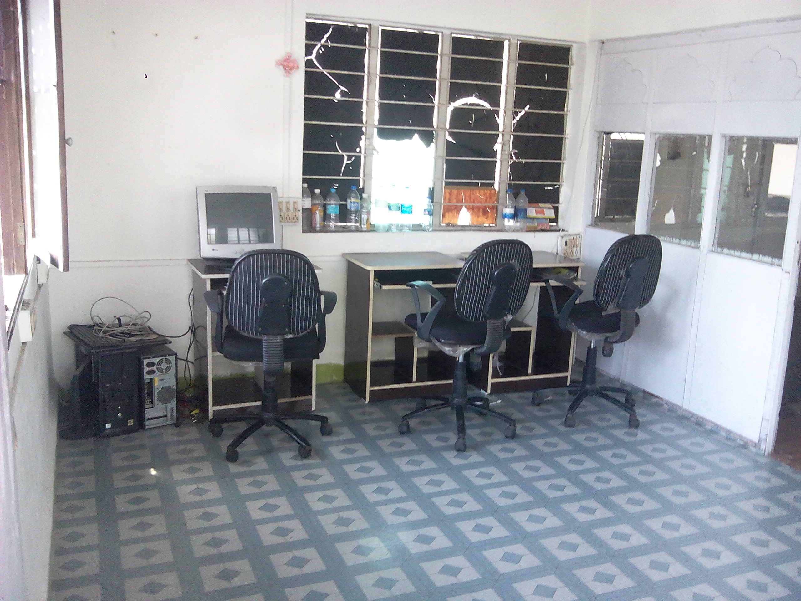 Commercial Office Space 150sq ft